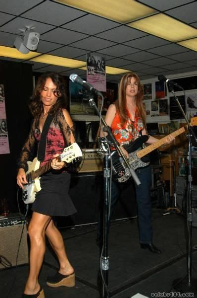 Susanna Hoffs and Michael Steele, The Bangles