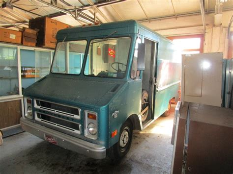 Step Van That Time Forgot: 1973 Chevy P30