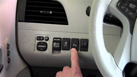 2011 | Toyota | Sienna | Intuitive Parking Assist | How To