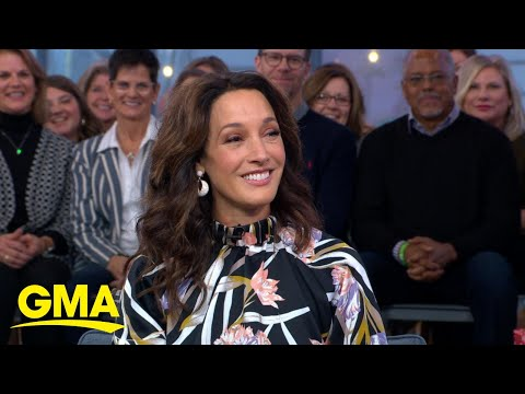 Lisa Kudrow & Jennifer Beals | Watch What Happens Live