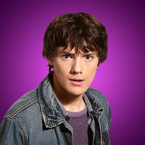 Poze Matthew Knight - Actor - Poza 2 din 5 - CineMagia