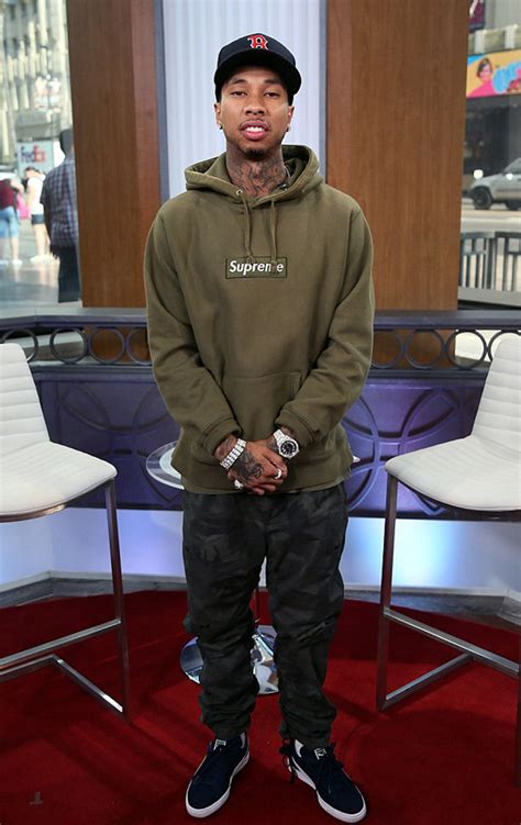 Style Sector: How To Wear Supreme Celebrity Edition   The