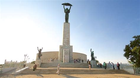 Visit Liberty Statue in Budapest | Expedia